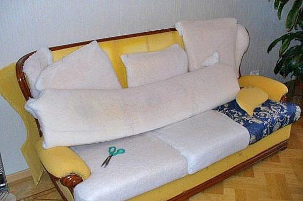 процесс сборки дивана