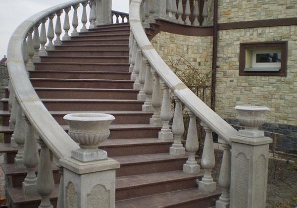 бетонные перила