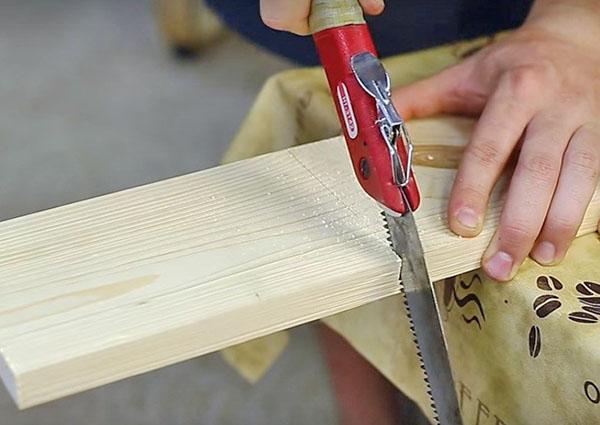 нарезка деталей для деревянной полки
