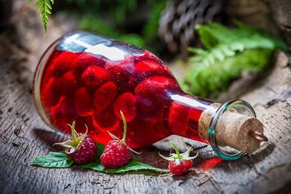 малиновая наливка на спирту