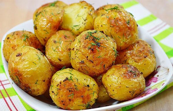 ароматный картофель с розмарином