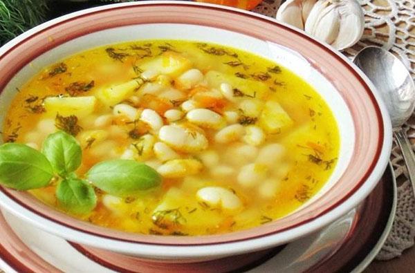 классический фасолевый суп