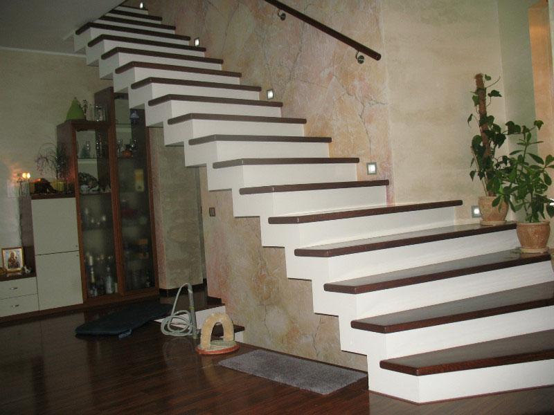 лестница из бетона на второй этаж фото