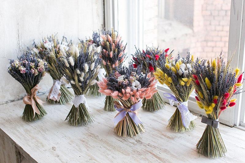 сухоцветы в зимних букетах