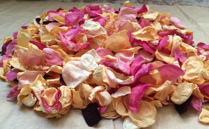 что можно сделать из лепестков роз