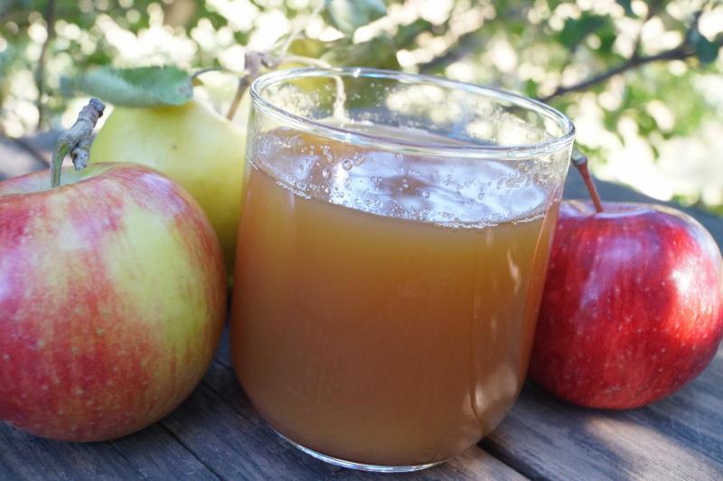 полезные свойства яблочного сока
