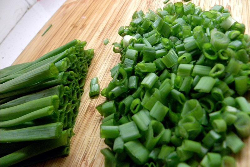 нарезка зеленого лука