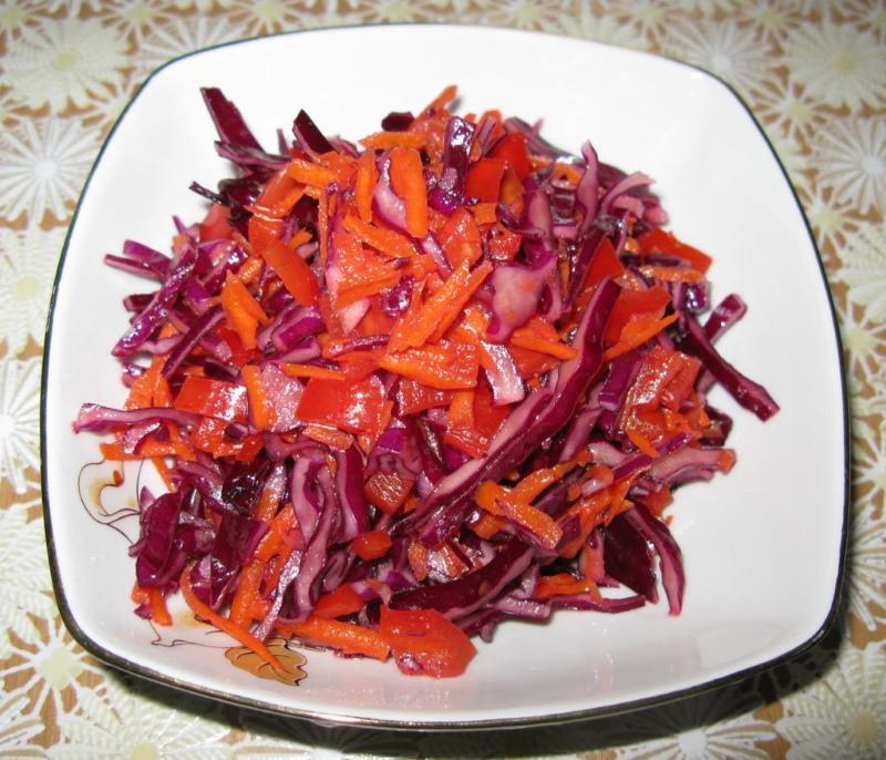 салат с краснокочанки и перца