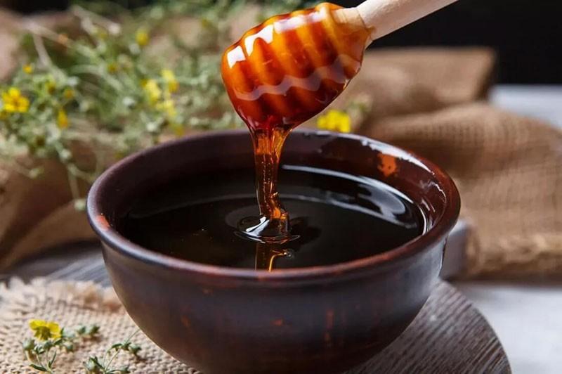 мед из черного клена