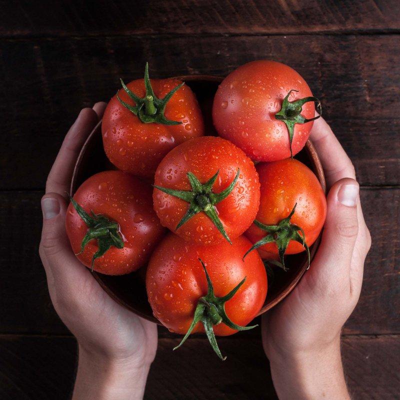 плоды томата колхозный