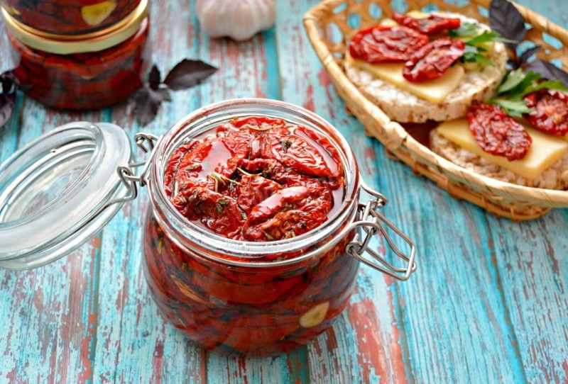 что можно приготовить из вяленых помидоров
