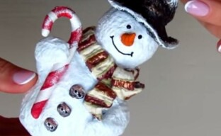 Елочная игрушка Снеговик из папье-маше — мастер-класс